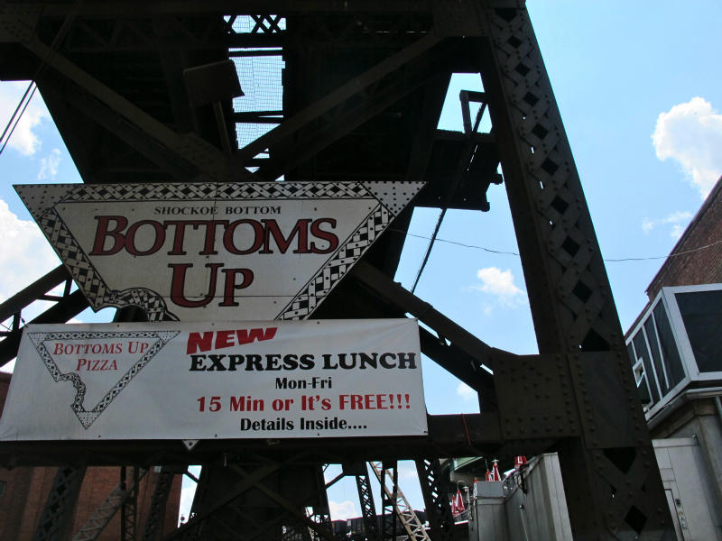 Bottoms Up pizza in Richmond, Virginia