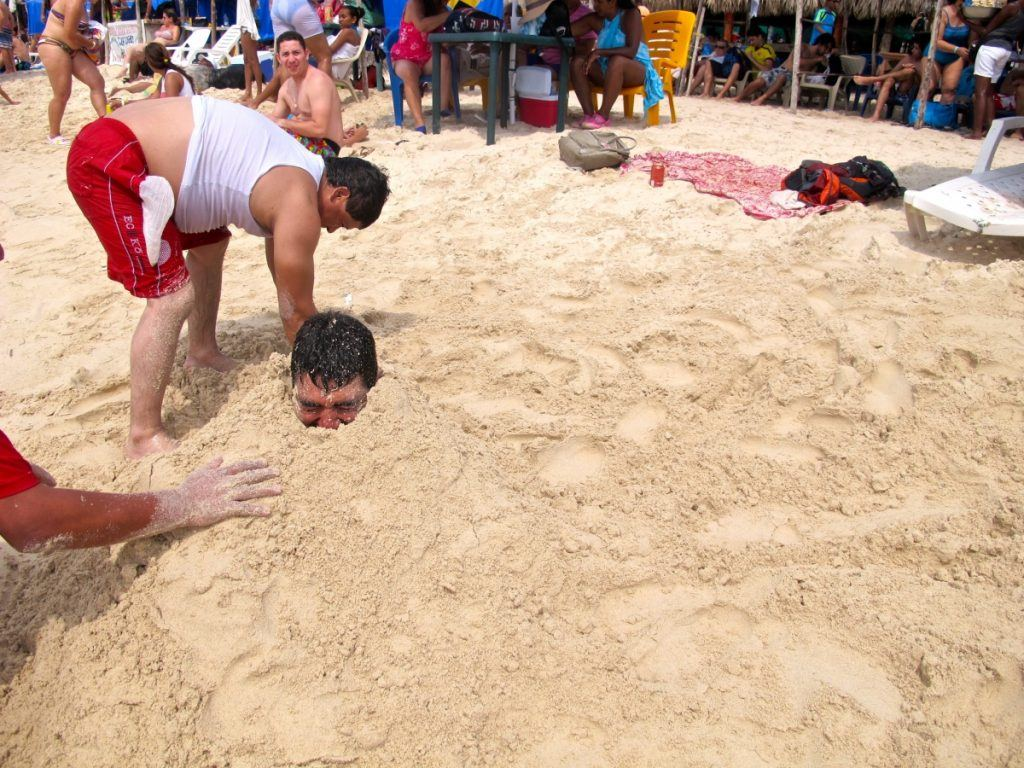 Colombian beach fun on Playa Blanca