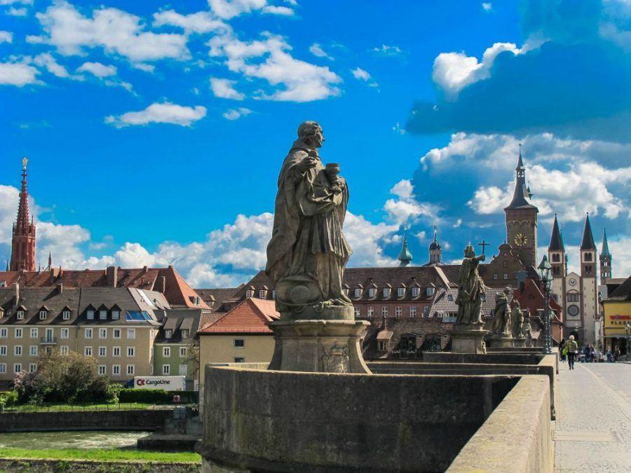 Statue on Alte Mainbrücke in Würzburg