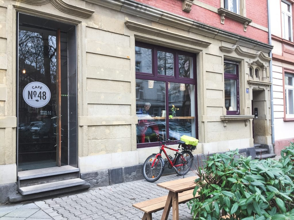Cafe no. 48 in Frankfurt Nordend