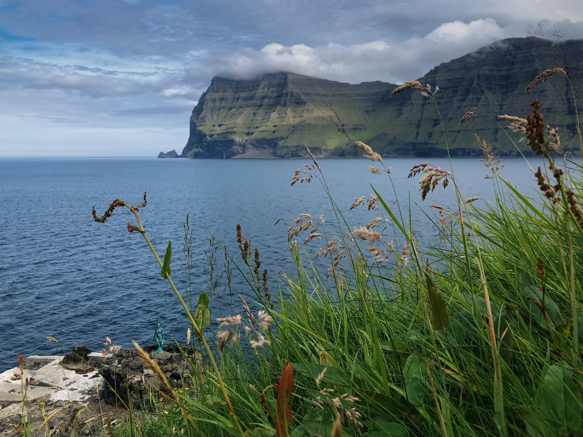 Kalsoy, Faroe Islands: Everything to Know About the Hike to Kallur Lighthouse mikladalur