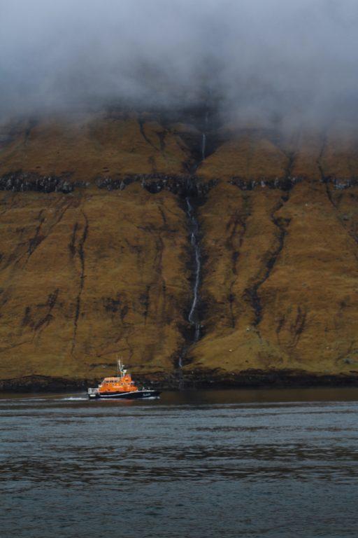 ferry from klaksvik to kalsoy in faroe islands