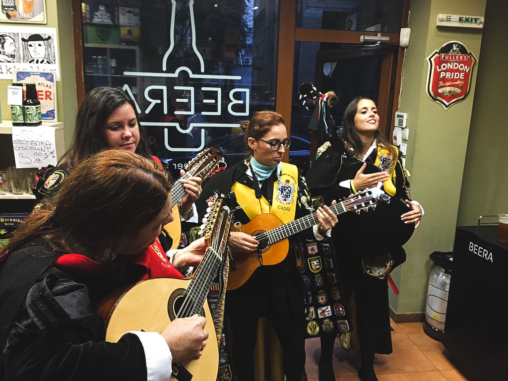 Spanish music at beer craft beer store in