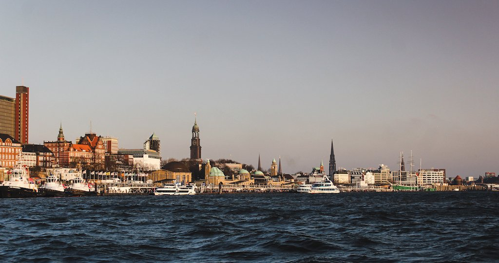 8 alternative things to do in hamburg, germany in winter.