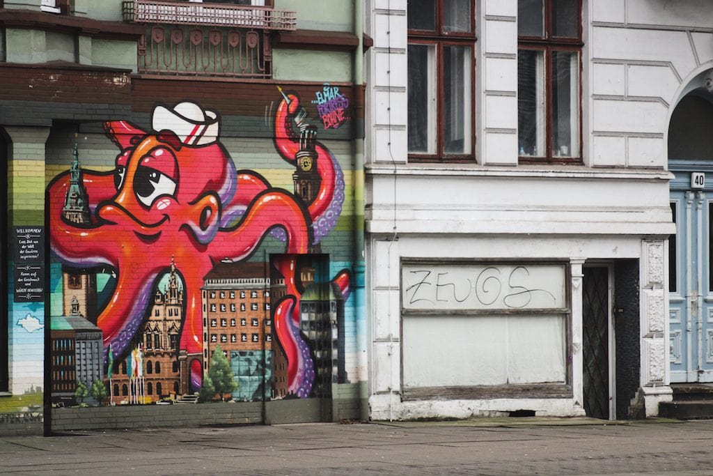 8 alternative things to do in hamburg, germany in winter. street art hamburg