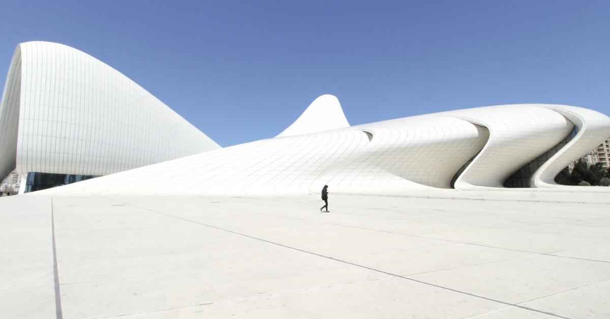 25 Useful Things to Know Before You Visit Baku, Azerbaijan heydar aliyev center