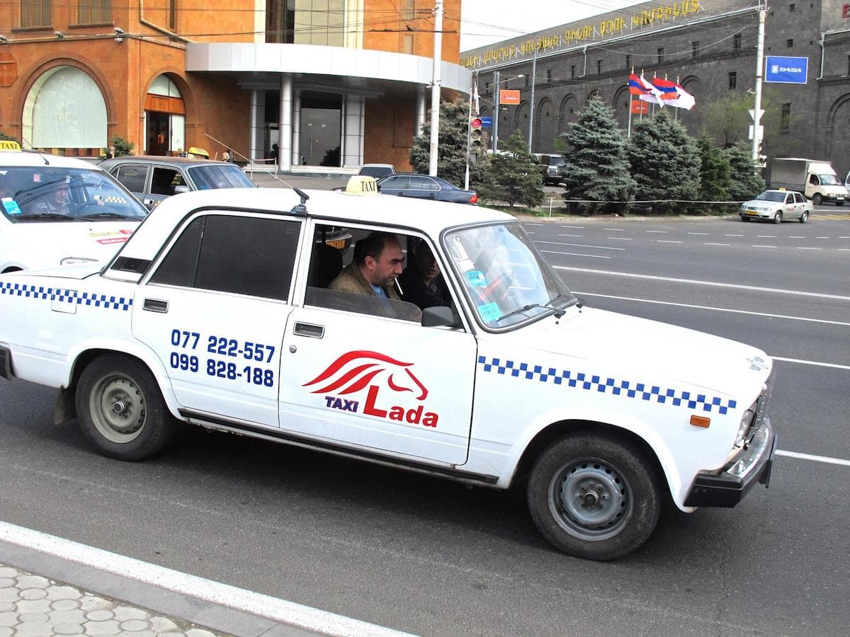 How to Take a Taxi in Yerevan, Armenia (and not Pay an Exorbitant Amount)