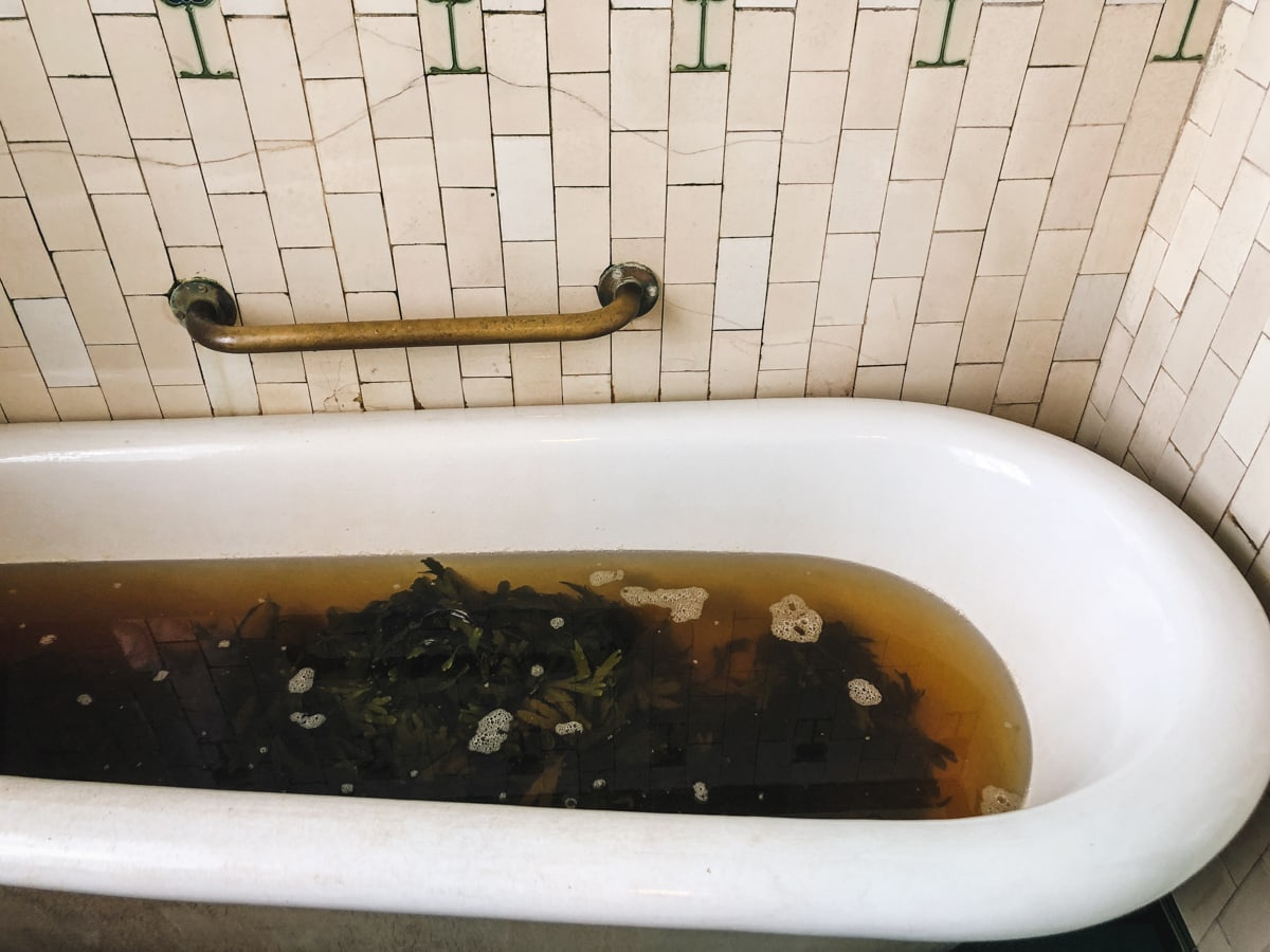 kilcullen's seaweed baths in enniscrone ireland