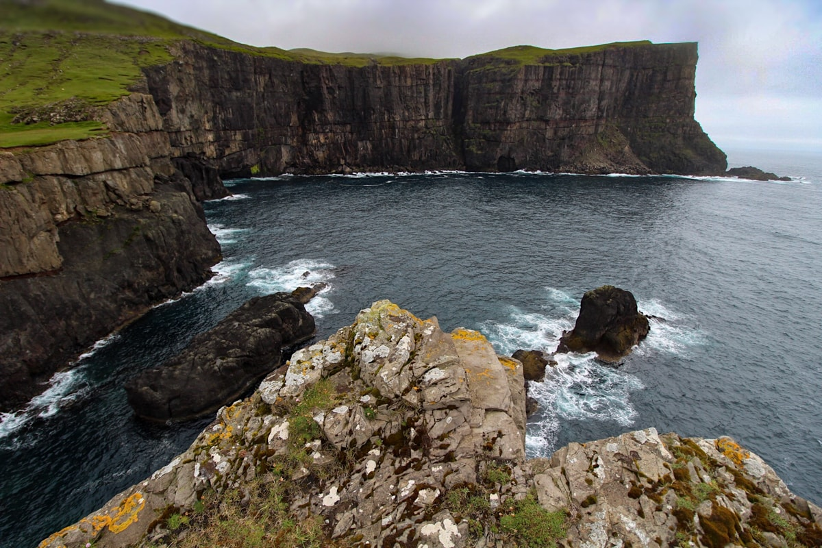 eggjarnar cliffs on suduroy near vagur