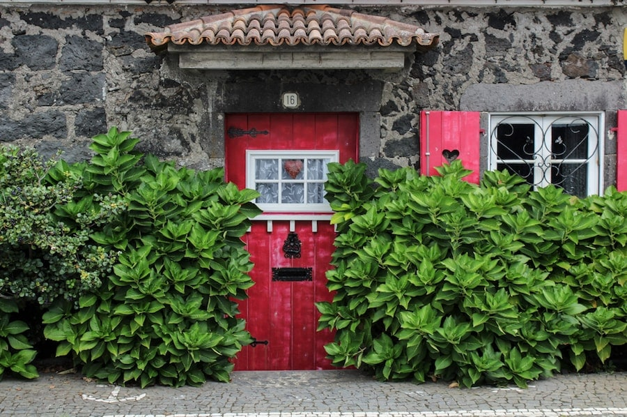 house with red door in azores