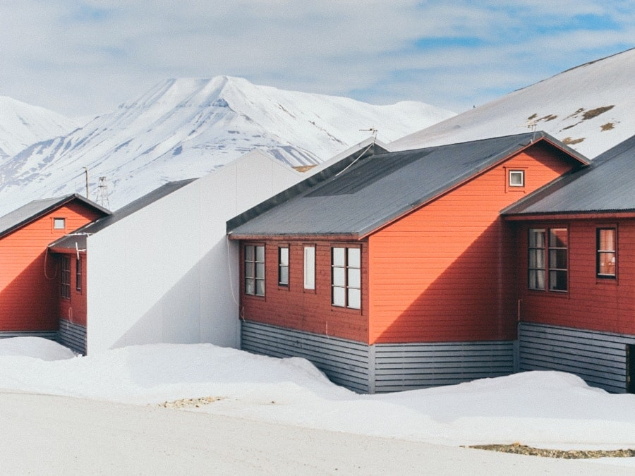 otels in svalbard - where to stay in longyearbyen-3-min