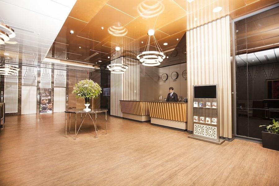 lobby-winter-park-hotel-baku-compressor