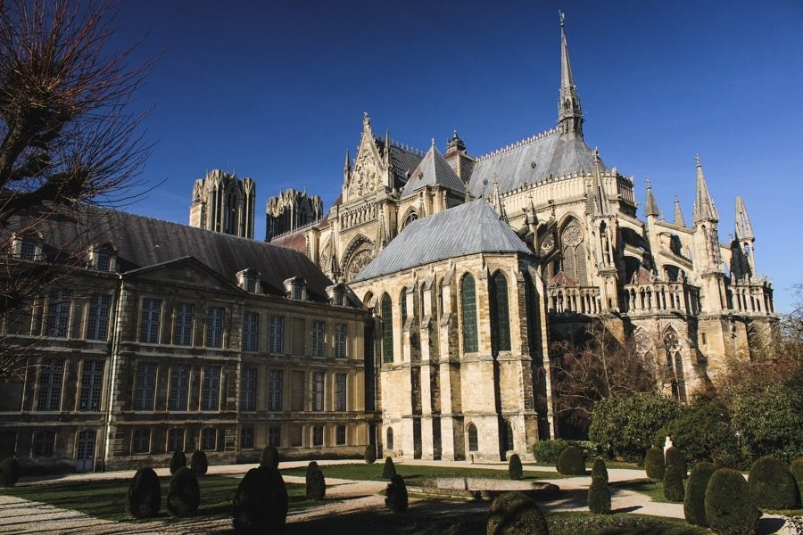 what to do in reims - notre dame cathedral