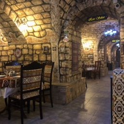 Dolma restaurants in Baku