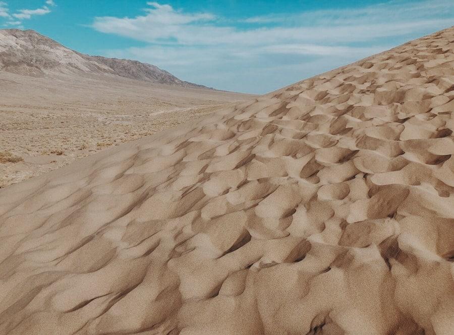 singing dune best day trips from almaty kazakhstan-14-min