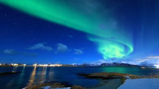 How to Book the BEST Tromso Northern Lights Tour in Norway