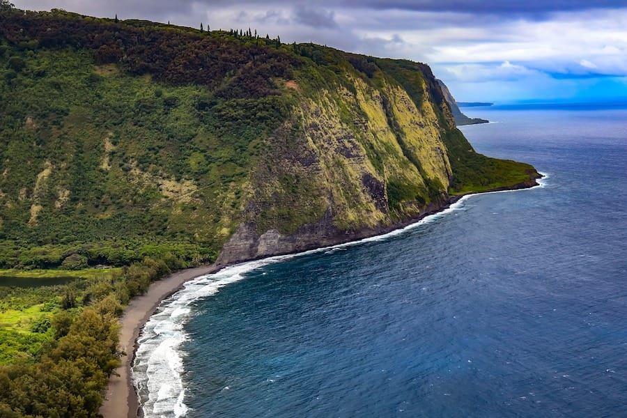 Waipio Valley - things to know before you visit the Big Island Hawaii
