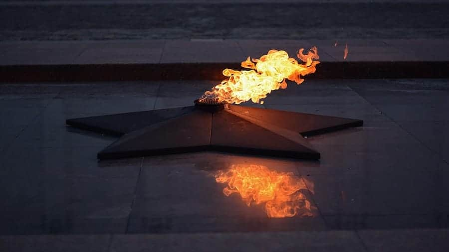 places to visit in moscow- eternal flame