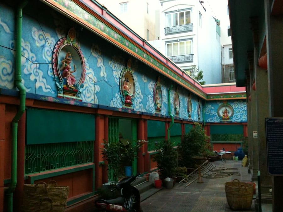 Decorations_at_Mariamman_Temple_HCMC