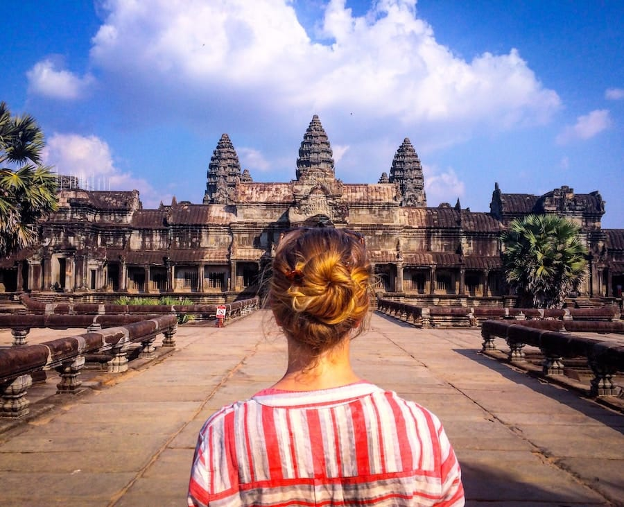 budget backpacking tips for cambodia