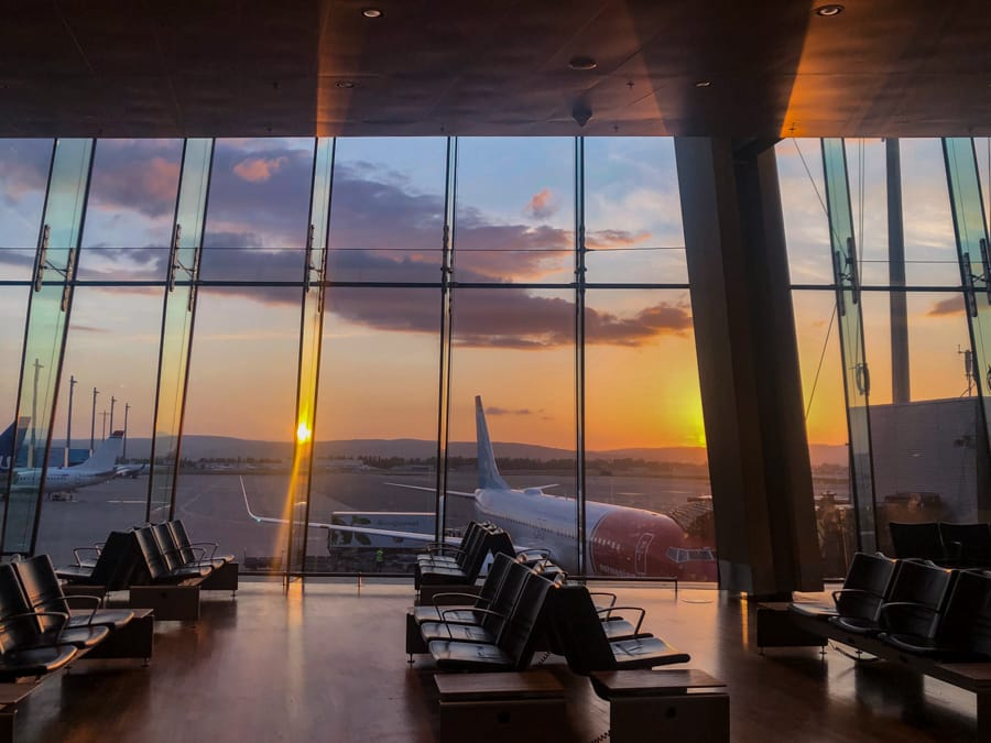 how to get from oslo airport to city center