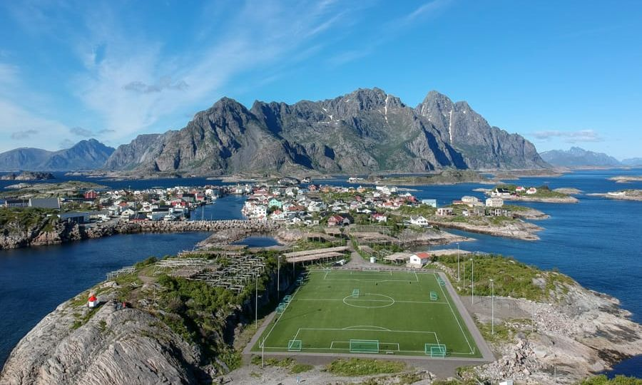 henningsvaer football pitch lofoten islands