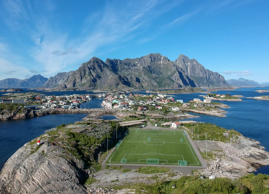 henningsvaer football pitch lofoten islands