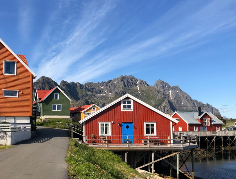 visit henningsvær norway lofoten islands