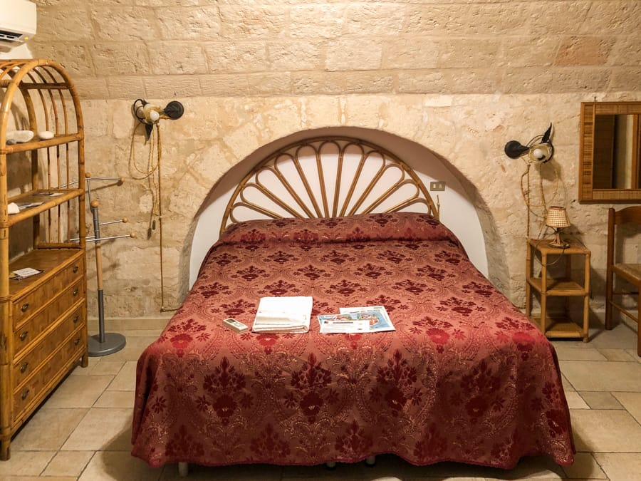 where to stay in monopoli italy