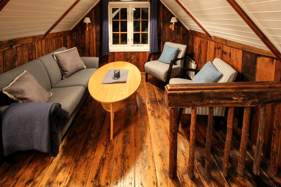 Svinøya Rorbuer: Best Rorbuer in Lofoten: 5 awesome Lofoten Rorbuer you should book for your trip! Lofoten Cabins / Lofoten Rorbu / Where to stay in the Lofoten Islands