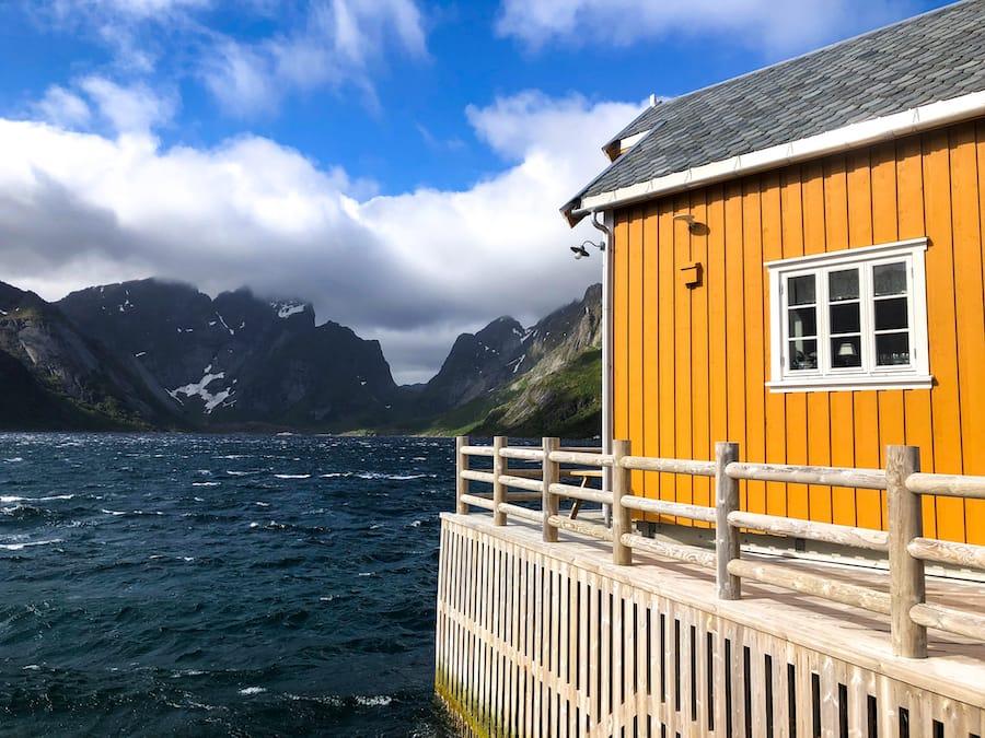 Sakrisøy Rorbuer: Best Rorbuer in Lofoten: 5 awesome Lofoten Rorbuer you should book for your trip! Lofoten Cabins / Lofoten Rorbu / Where to stay in the Lofoten Islands