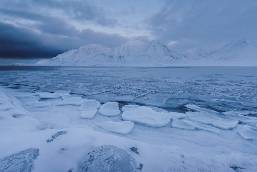12 Otherworldly and Epic Things to Do in Svalbard in Winter