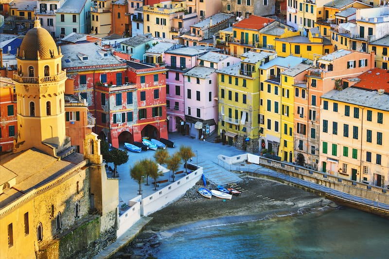 16 Essential Things to Know Before You Visit Cinque Terre: Visit Vernazza