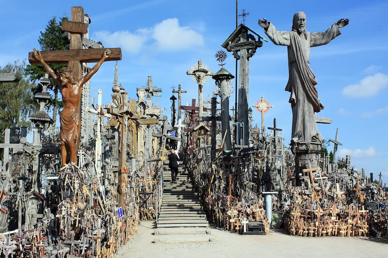 Best places Lithuania: Hill of Crosses