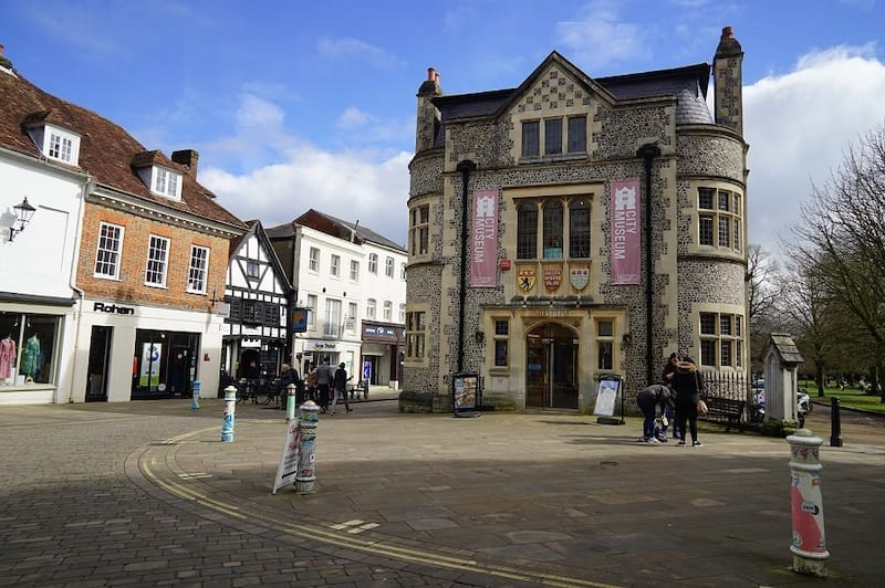 Winchester: Recommended by Deeptha at The Globe Trotter