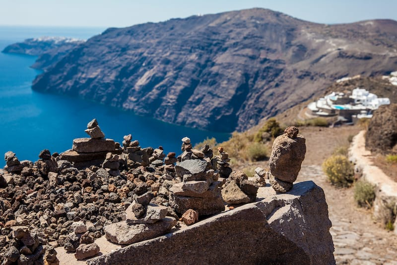 Hiking between Fira and Oia on Santorini