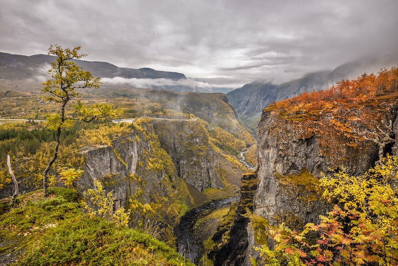 Mabodalen Valley and Hardangervidda in autumn
