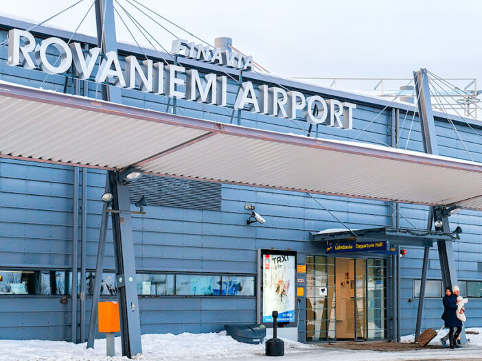 Rovaniemi airport to city