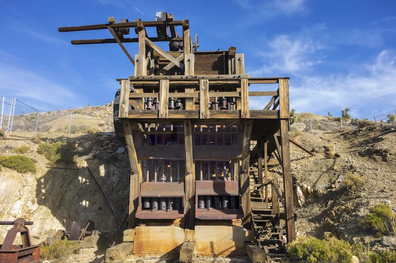 Lost Horse Gold and Silver Mine Platform and Rust Colored Industrial Machine Equipment in Joshua Tree National Park