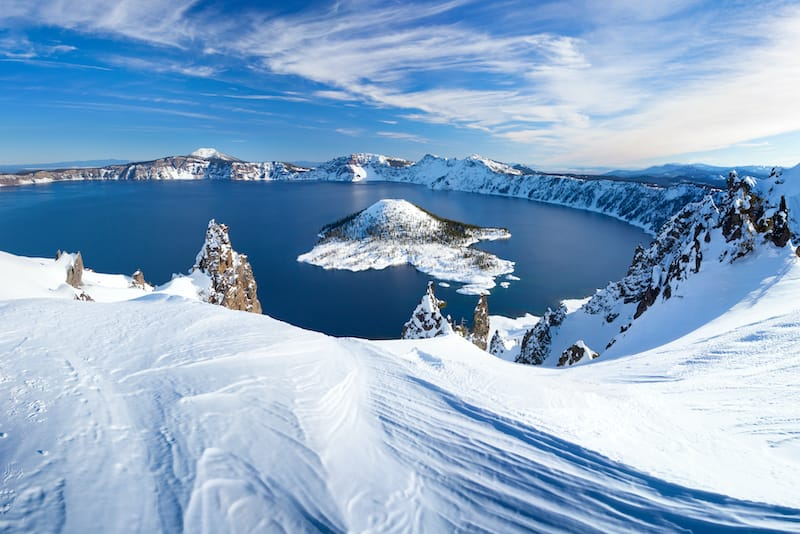 Crater Lake in winter travel guide
