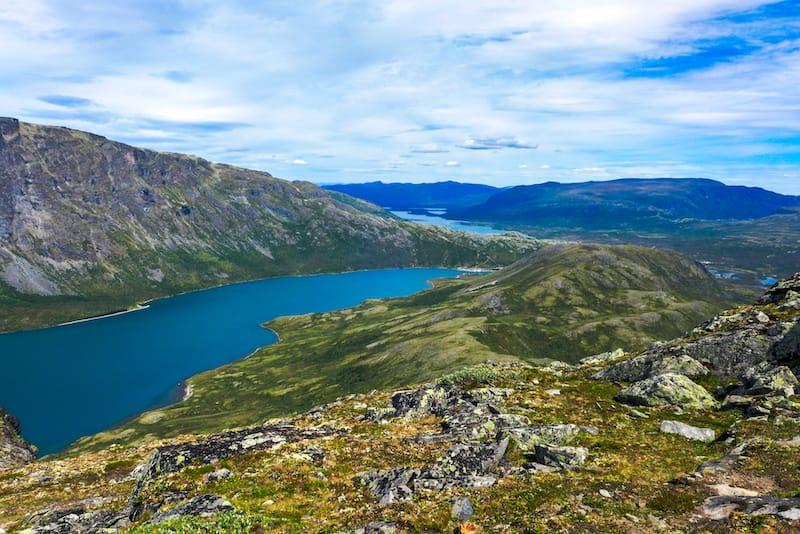 Hiking on Knutshøe, Vågå kommune Norway