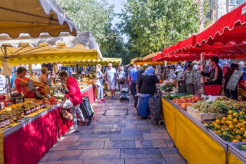The Cours Lafayette Market, Place Louis Blanc in Toulon
