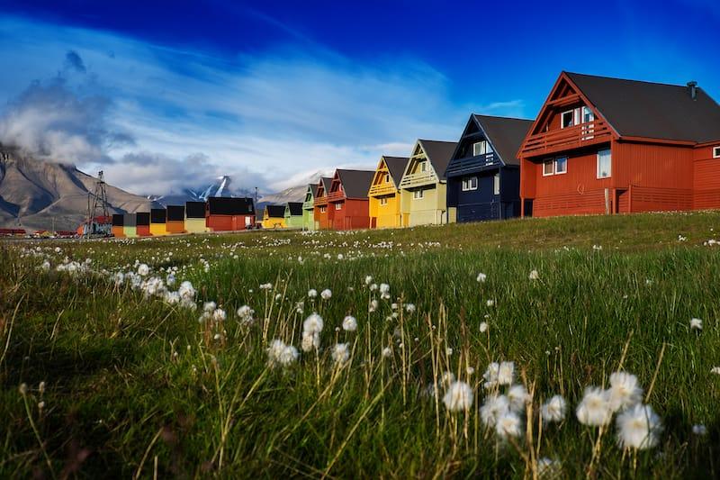Where to stay in Longyearbyen shutterstock_1047271492