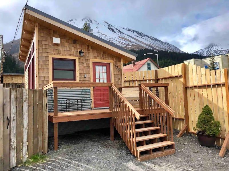 Seward Airbnb cabin 2