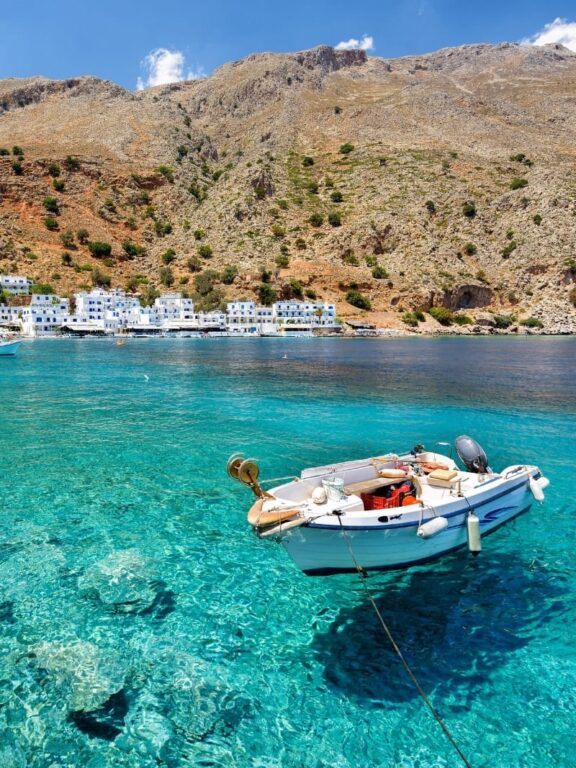 5 Jaw-Dropping Places to Visit in Crete