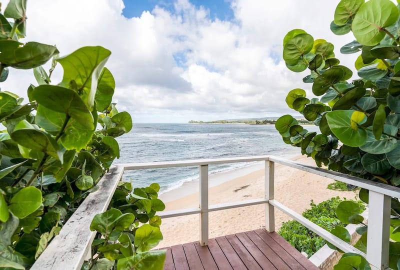 Beachfront 3 Bedroom in Haleiwa