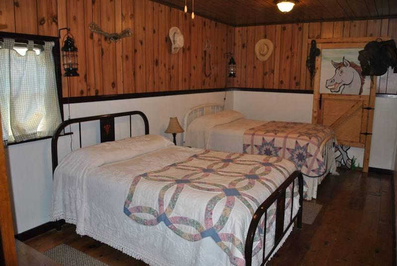 Cabin in Fort Klamath