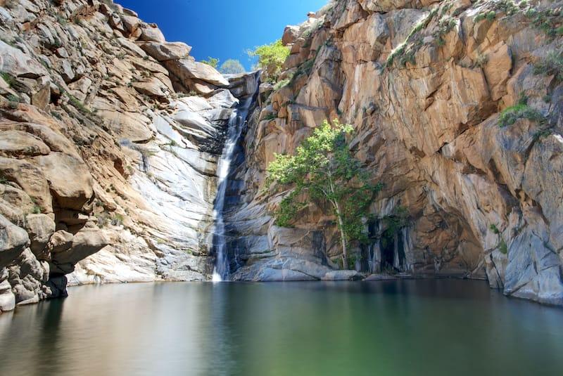 Cedar Creek Falls (Devil's Punchbowl) in San Diego