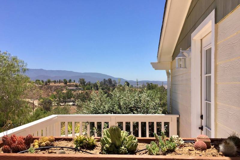 Centrally-Located Wine Country Suite (Budget Option) 2