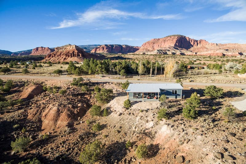 Cozy New Home with Breathtaking Views and More 1 - Best Airbnbs in Torrey Utah